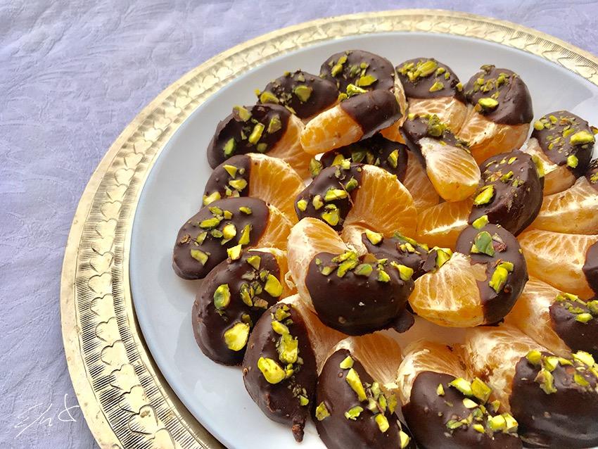 Mandarinas con chocolate y pistacho